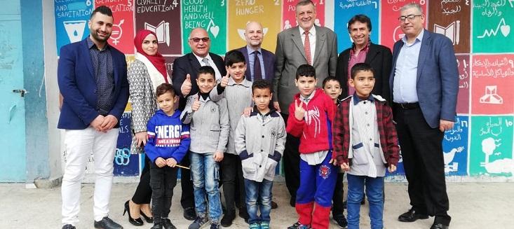 Special Coordinator Ján Kubiš visiting residents of Ein El-Hilweh, Lebanon.